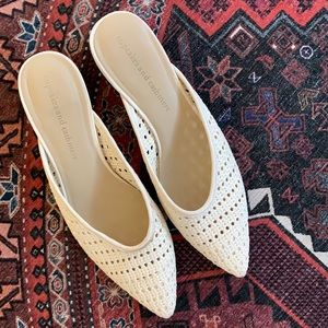 Cupcakes and cashmere woven Leviana Mules